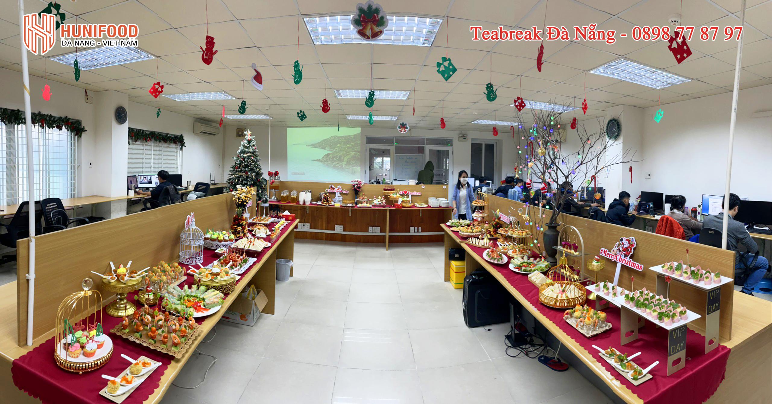 Tiệc Finger Food Giáng Sinh An Lành