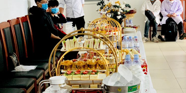 Tiệc Trà Tại Hội Trường Trung Tâm Bệnh Viện Tim Mạch Đà Nẵng
